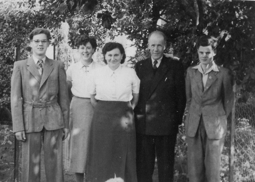 Grad_gezin_1954-rond