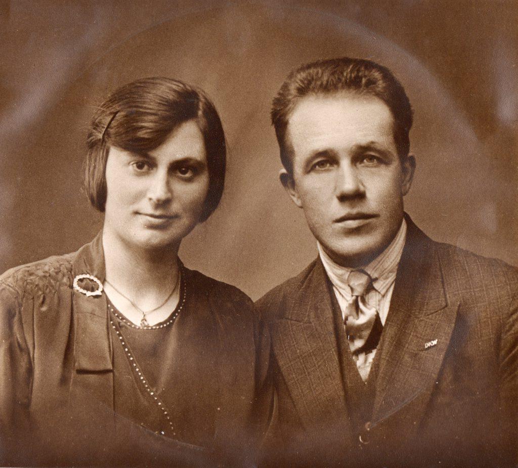 Grad-en-Henriette_trouwdag_portret_1929